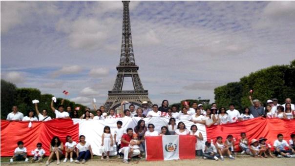 Peruanos en Paris